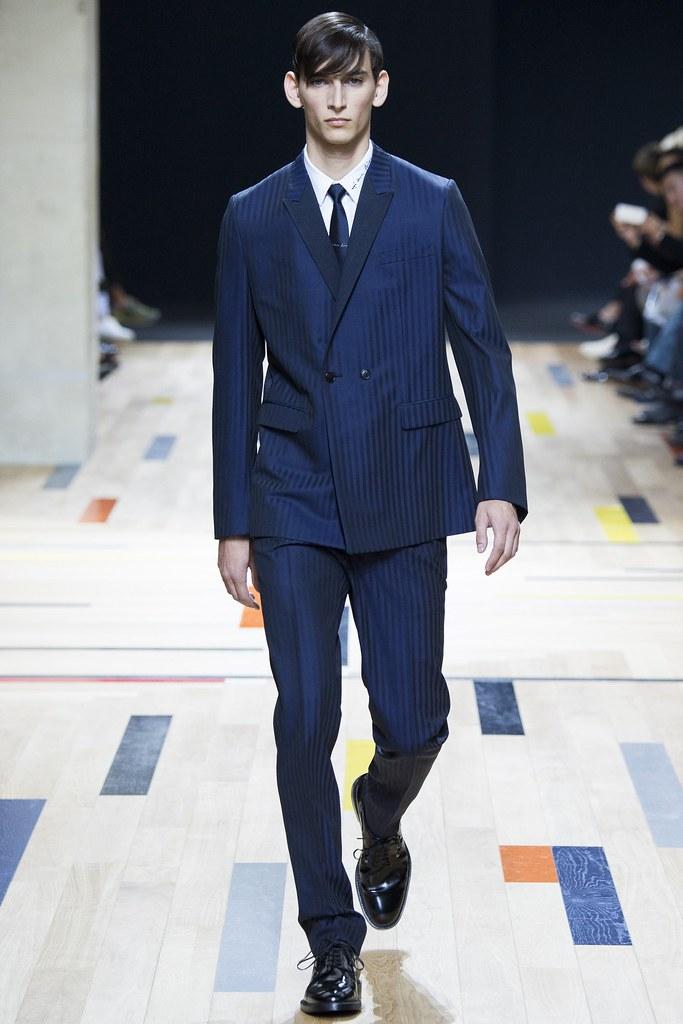 SS15 Paris Dior Homme001_Thibaud Charon(VOGUE)