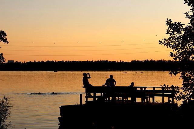 evening_swimmers_paddlers_hietaniemi