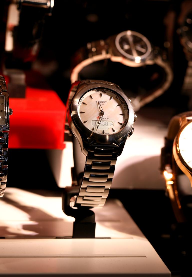 fashion is a party, fashion blogger, tissot watches, tissot horloges, tissot t-touch lady solar watch, tissot dameshorloge, tissot nieuw, juwelier punte arnhem, dameshorloge, klassiek horloge, sportief horloge, stalen horloge, multifunctioneel horloge, horloge met touchscreen, horloge op zonne-energie, investeren in horloge, tissot prijzen,tissot arnhem