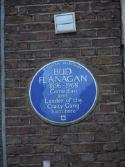 Photo of Bud Flanagan blue plaque