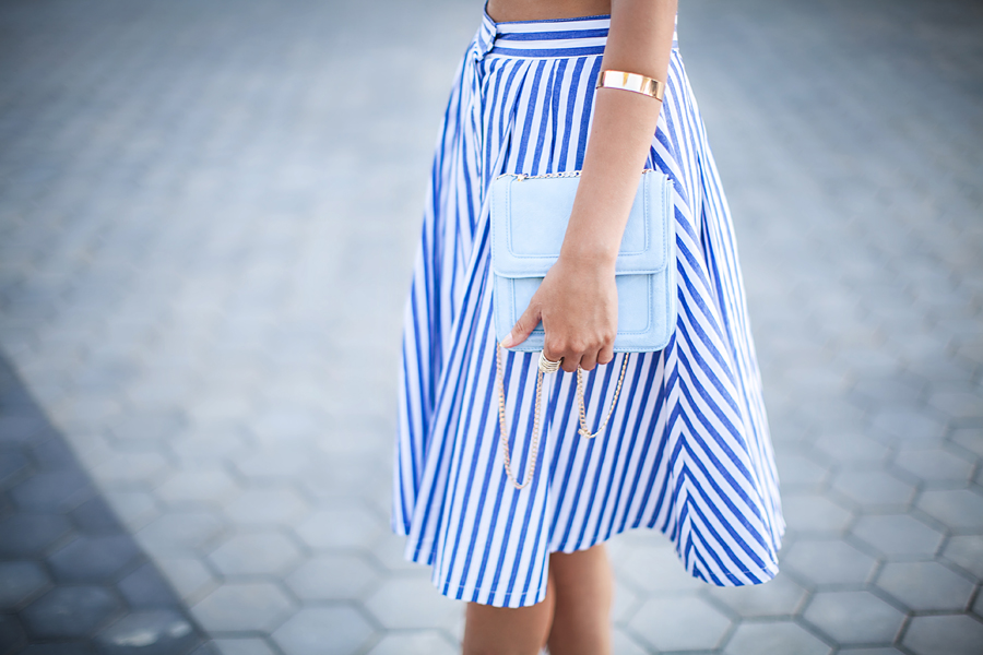 street-style-striped-midi-skirt-ispiration-outfit