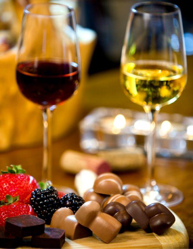 1_Wine-Chocolate.jpg