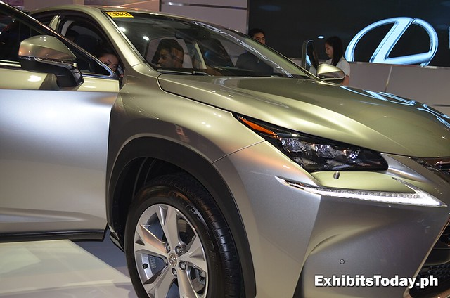Sam Y G test drives Lexus NX