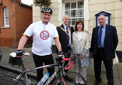 Bike Ride Graham Stuart meets Hands Off