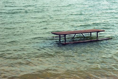 usa lake bench picnic kansas flooded glenelder