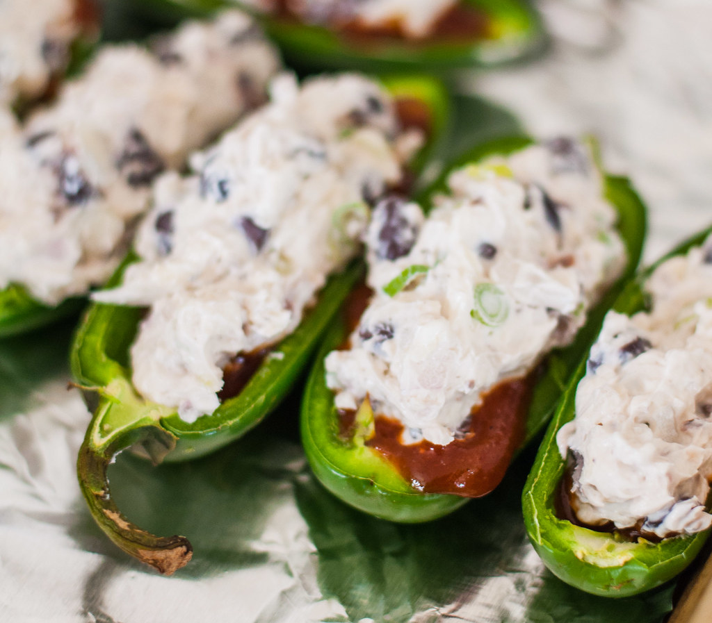 BBQ black bean jalapeno poppers | #vegetarian and #glutenfree game day appetizer