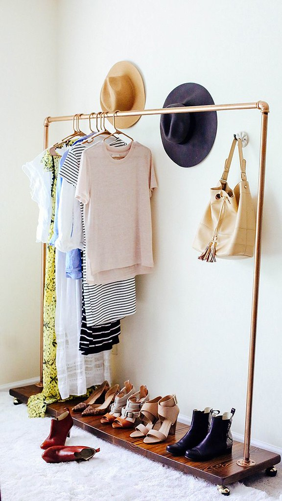 adaymag-8-storage-solutions-for-limited-closet-space-11