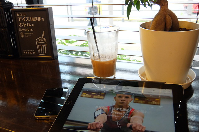 iPad and iPhone in Cafe