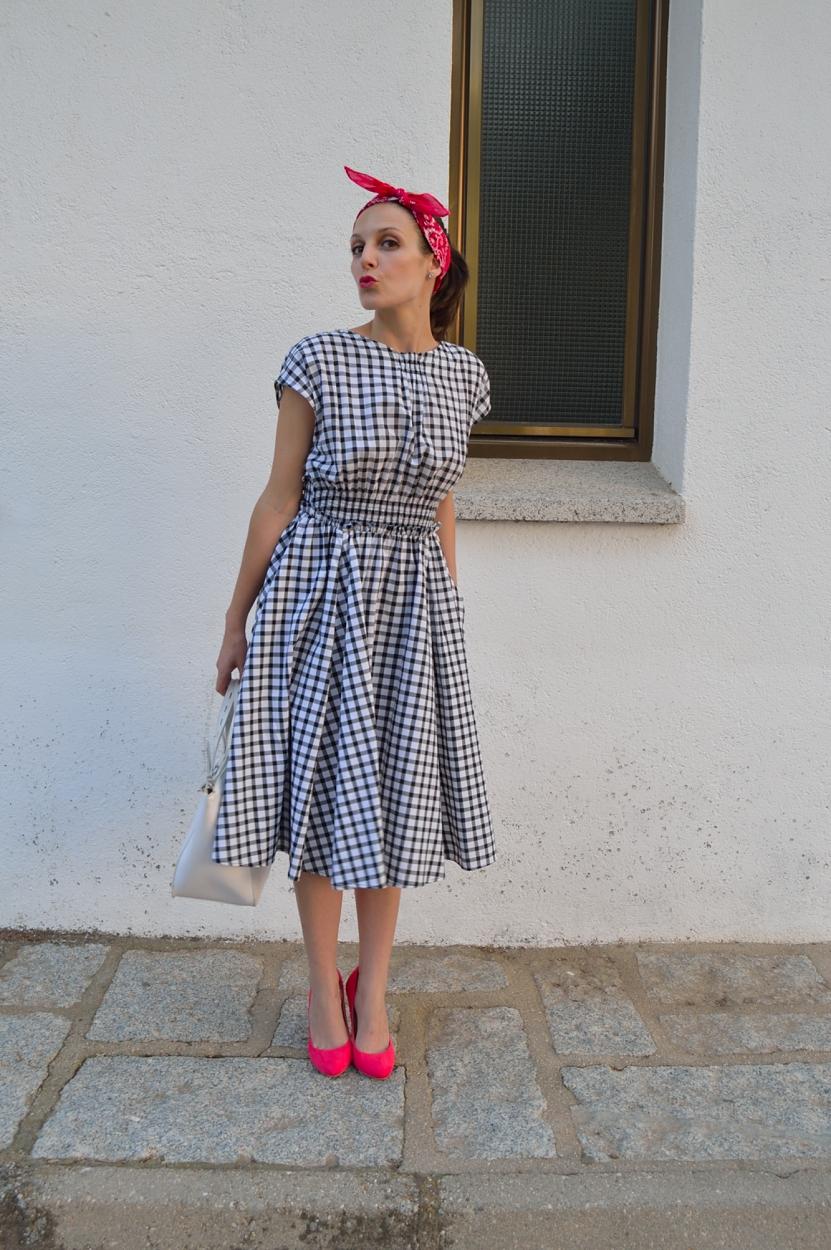 lara-vazquez-madlula-blog-style-pin-up-pink-details