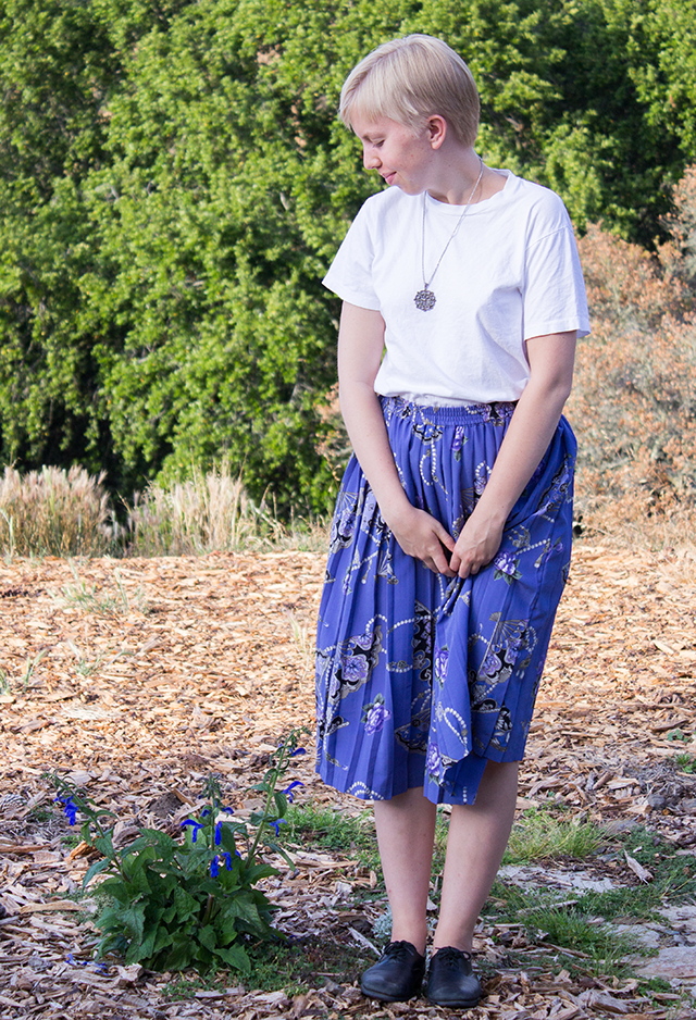 white t-shirt, vintage pleated periwinkle skirt
