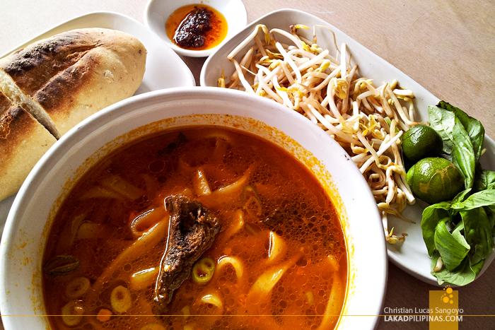 Chao Long Noodles in Munoz, Quezon City