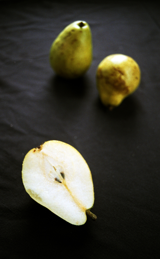 pears on film134