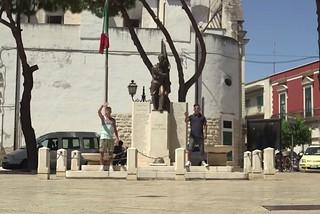 Noicattaro. Videoclip Ciao dalla Puglia front