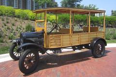 automobile(1.0), vehicle(1.0), ford model tt(1.0), antique car(1.0), classic car(1.0), vintage car(1.0), land vehicle(1.0), ford model t(1.0), motor vehicle(1.0),