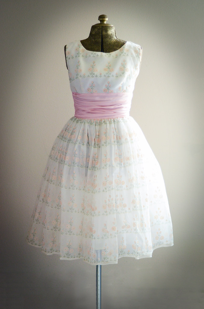 Vintage XS Cream and Pink Party Dress