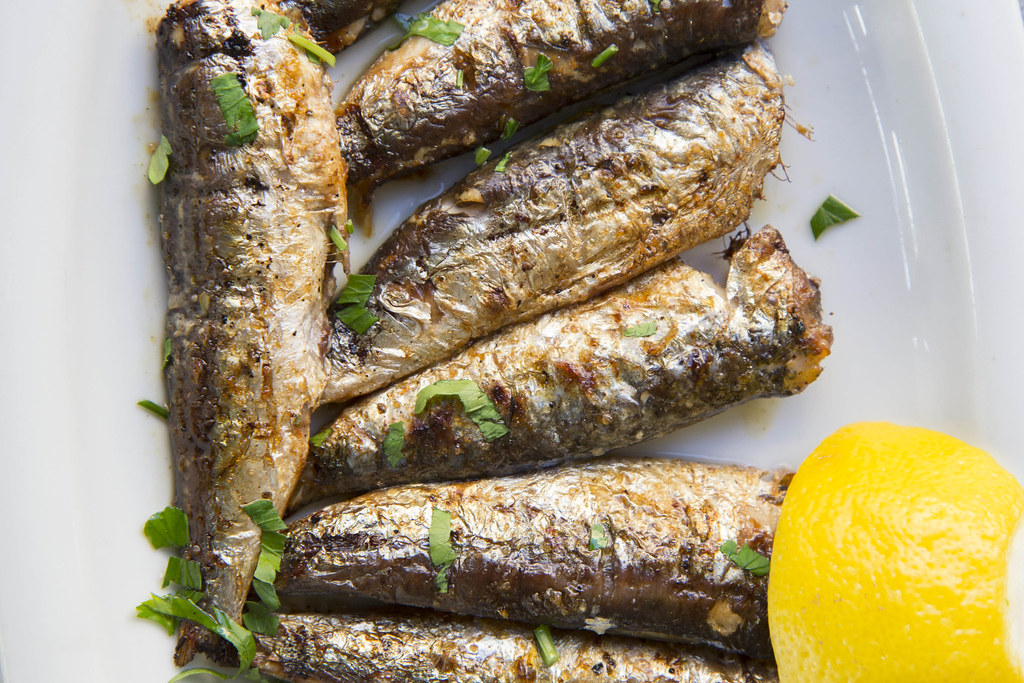 Paros-food-sardines