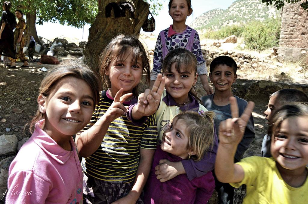 Zarokên Kurdê Êzidî
