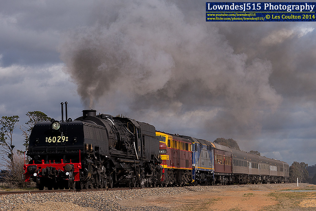 DC6029, 4403 & 44208 near Bungendore by LowndesJ515