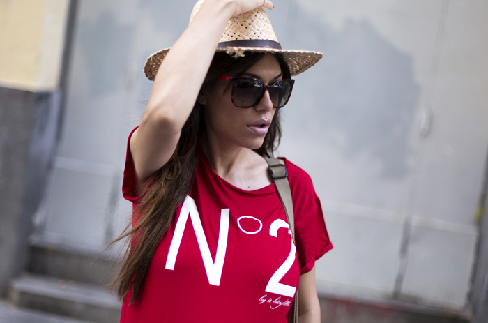 street style barbara crespo number 2 tshirt a bicyclette tee fashion blogger outfit red blog de moda