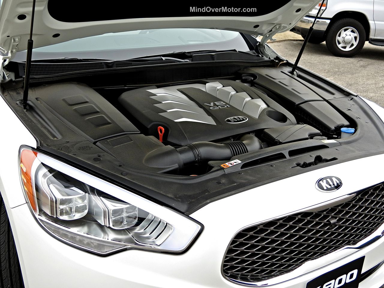 Kia K900 5.0L GDI V8 Engine