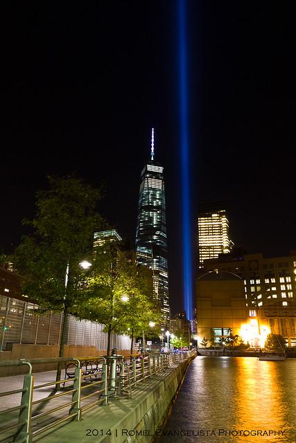 2014_Tribute_In_Light-7540
