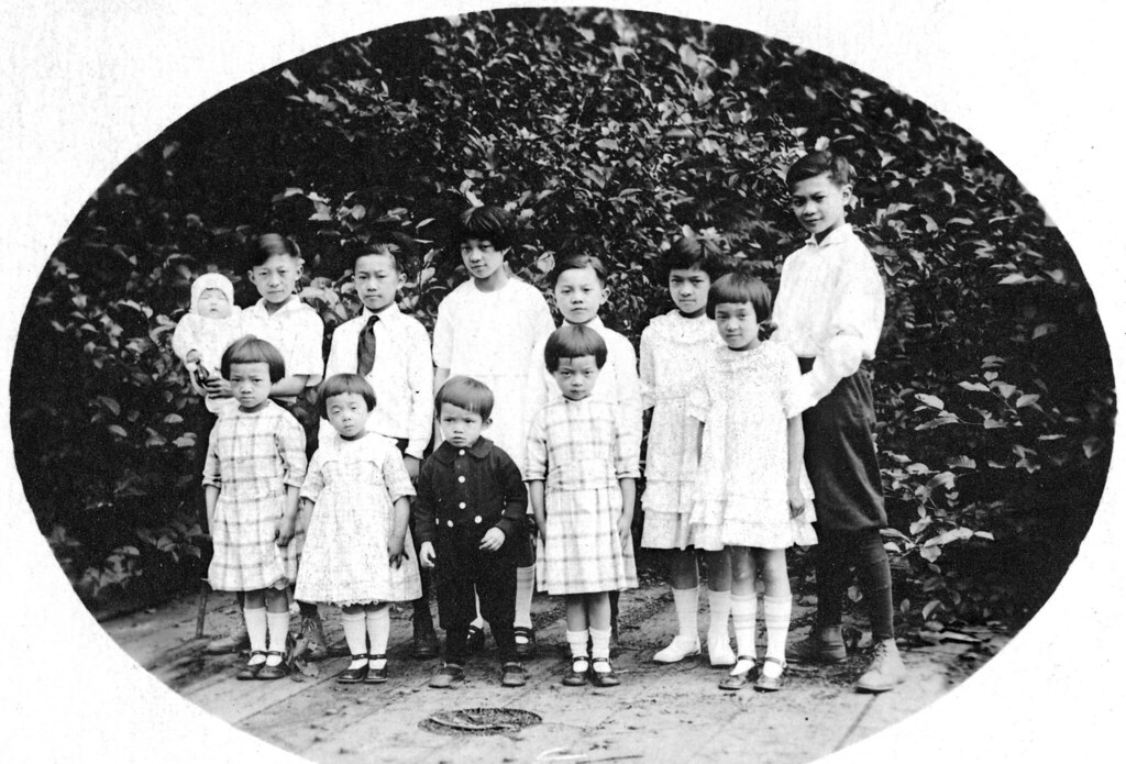 [Photograph of twelve children of Kate and Ernest Lee]
