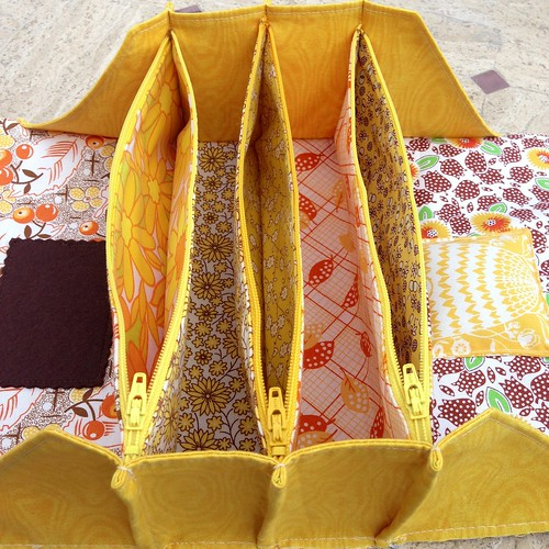 Sew Together Bag #5 - sunshine edition - interior