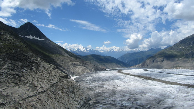 Looking down the Grosse Aletschgletscher from Platta