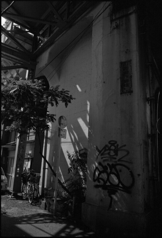 20140619 LeicaM4-P Elmarit28 400TX TMD 045