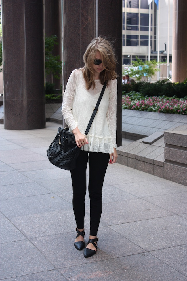 chelsea+lane+truelane+zipped+blog+minneapolis+fashion+style+blogger+saks+jcrew+pixie+pants+justfab+gelsey+flats+globetrotter1