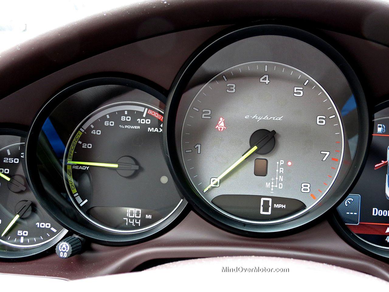 Porsche Panamera S E-Hybrid Gauges