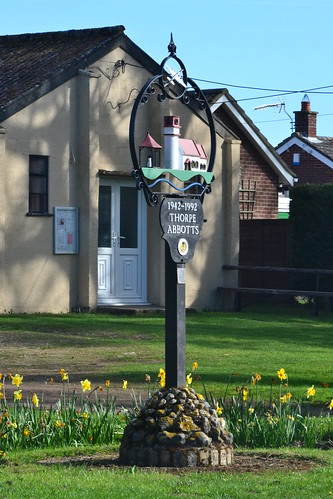 Thorpe Abbotts Village sign