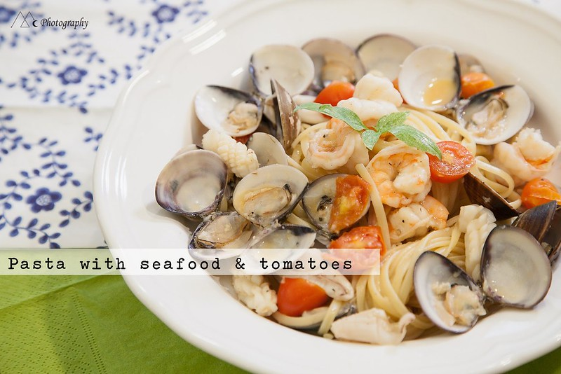 pasta with seafood & tomatoes4