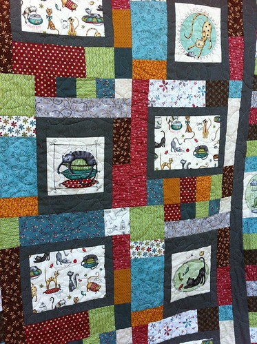 Closeup shot of Purrsnickitty quilt!