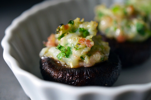 paleo shrimp stuffed mushrooms