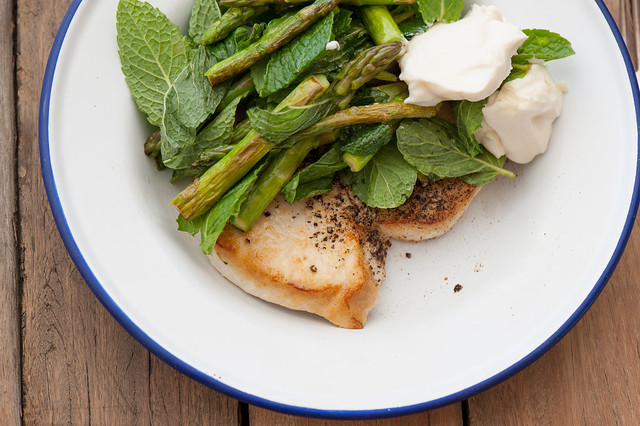 fish with asparagus & goats cheese-2