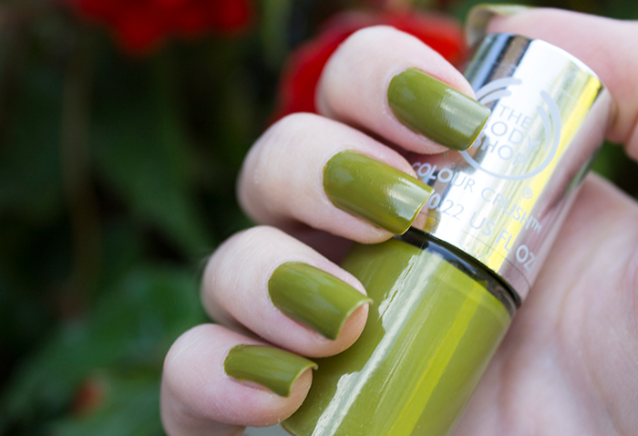The Body Shop Colour Crush Nail Polish in Hemp Over Heals