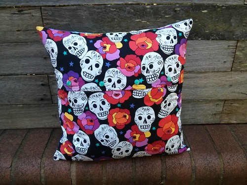 qayg rainbow cushion back