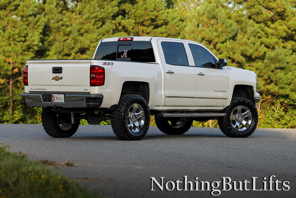 2015 Chevrolet Silverado 25003500 HD First Look