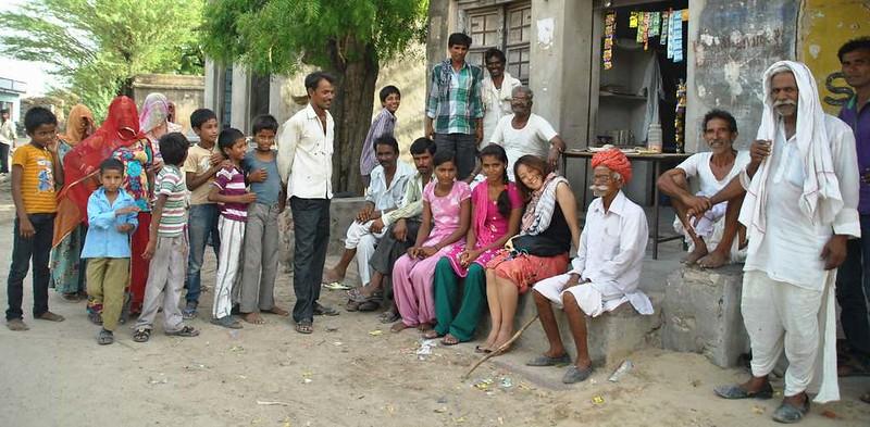 406 way to Merta. Peoples of desert in Rajasthan (26)