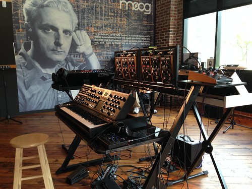 Moog Music Tour-001