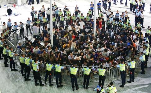 香港092701