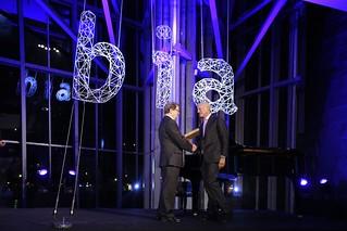 """Norman Foster, """"orgulloso de que los fosteritos se hayan convertido en un símbolo tan querido de Bilbao"""""""
