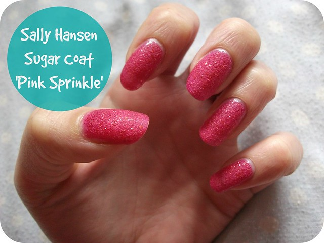 NOTD Sally Hansen Sugar Coat Pink Sprinkle