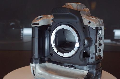 D750 monocoque body