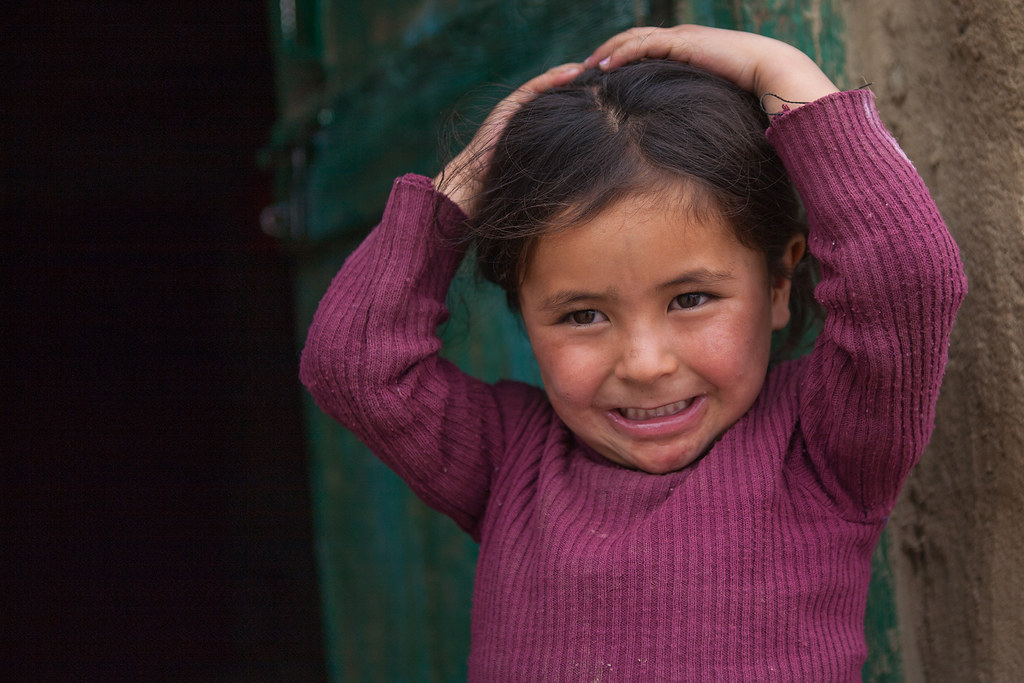 India - Camera friendly girl, Kargil