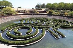 outdoor structure(0.0), estate(0.0), lawn(0.0), garden(1.0), labyrinth(1.0), walkway(1.0),