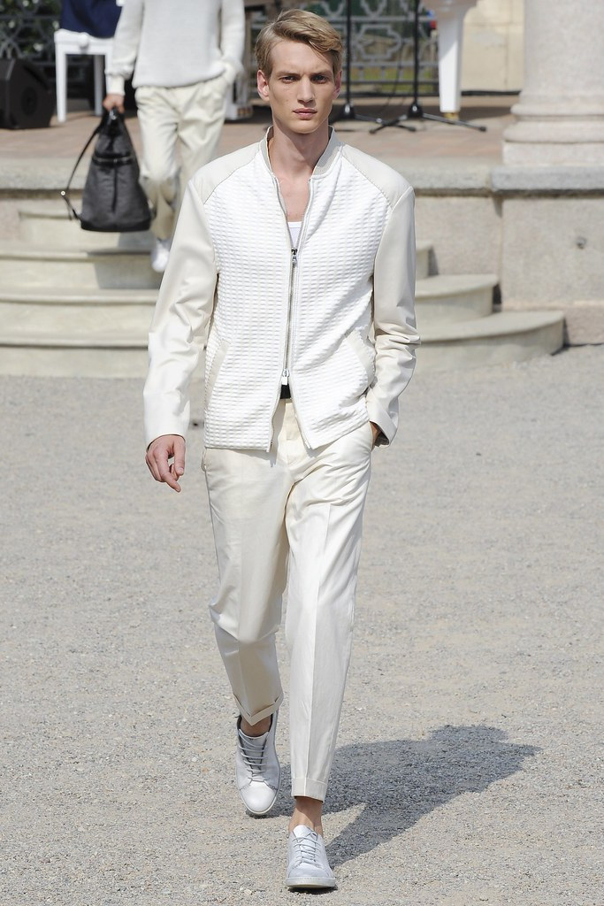 Paul Boche3599_SS15 Milan Corneliani(VOGUE)