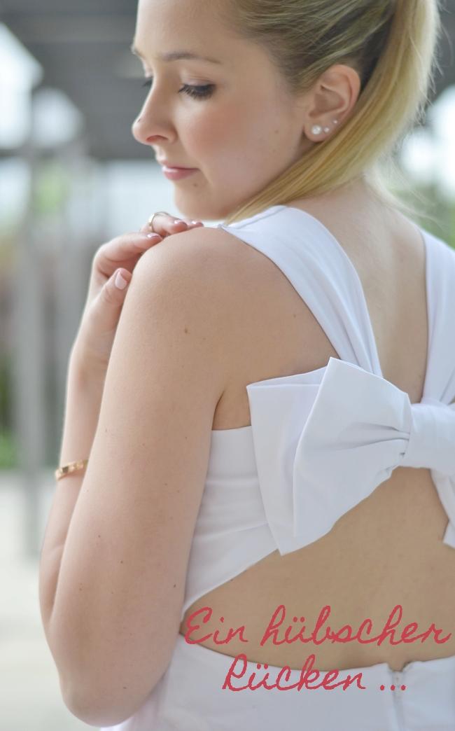 Outfit ein hübscher Rücken .. Banner