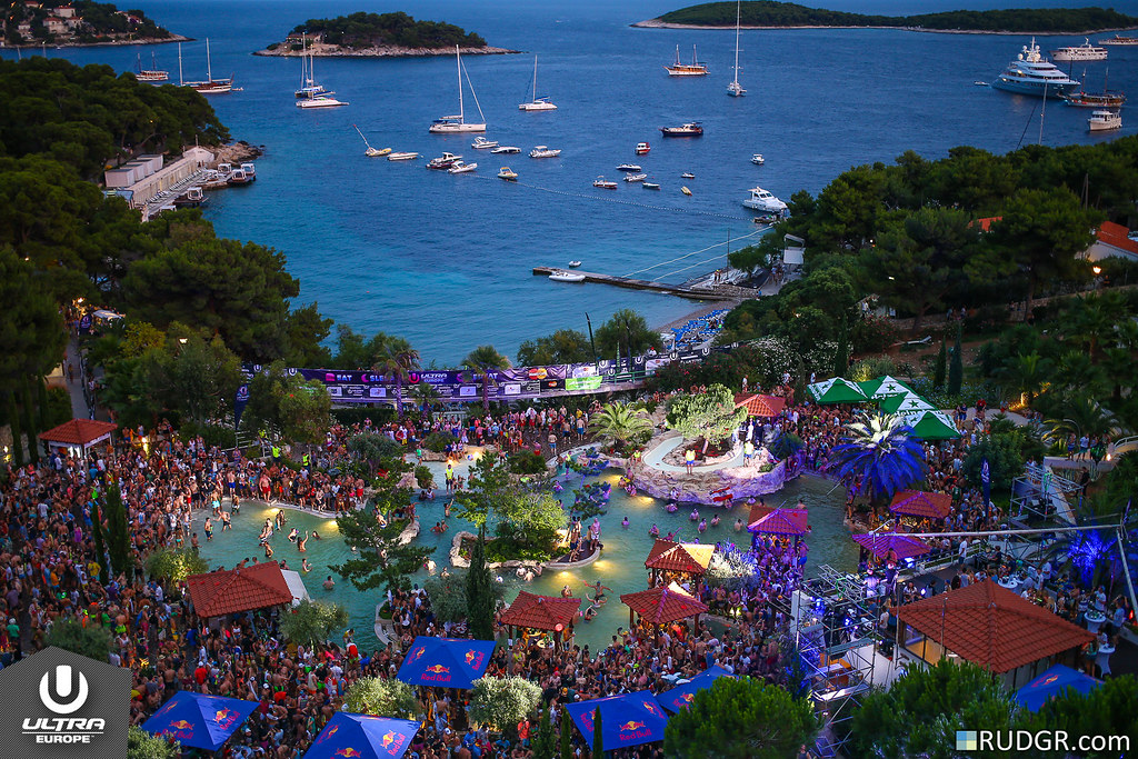 Ultra Europe Poolparty 2014